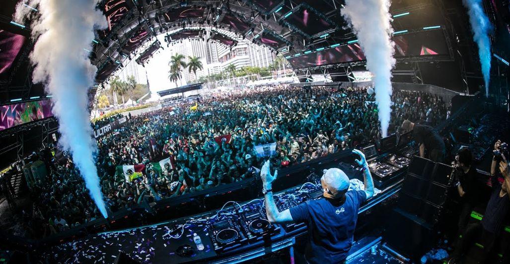 Ultra Music Festival Miami 2017 Day 3 Aly  Fila (2017)